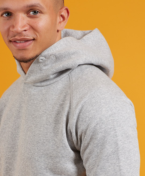 Sonality How it fits mens hoodie detail