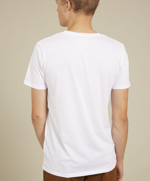 Sonality How it fits mens t-shirt back
