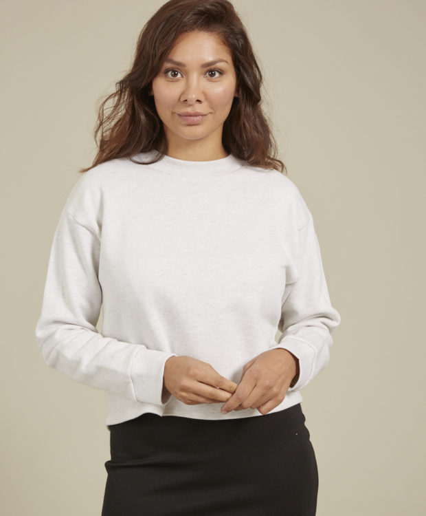 Sonality How it fits womens crop jumper front