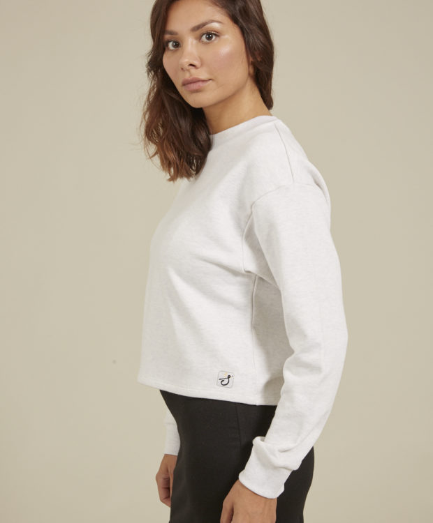 Sonality How it fits womens crop jumper side