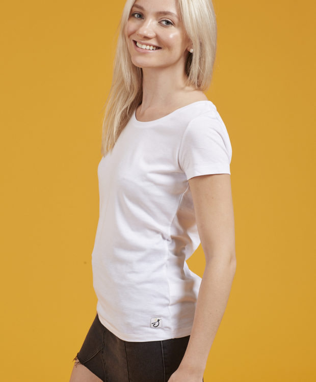 Sonality How it fits womens fitted t-shirt side view